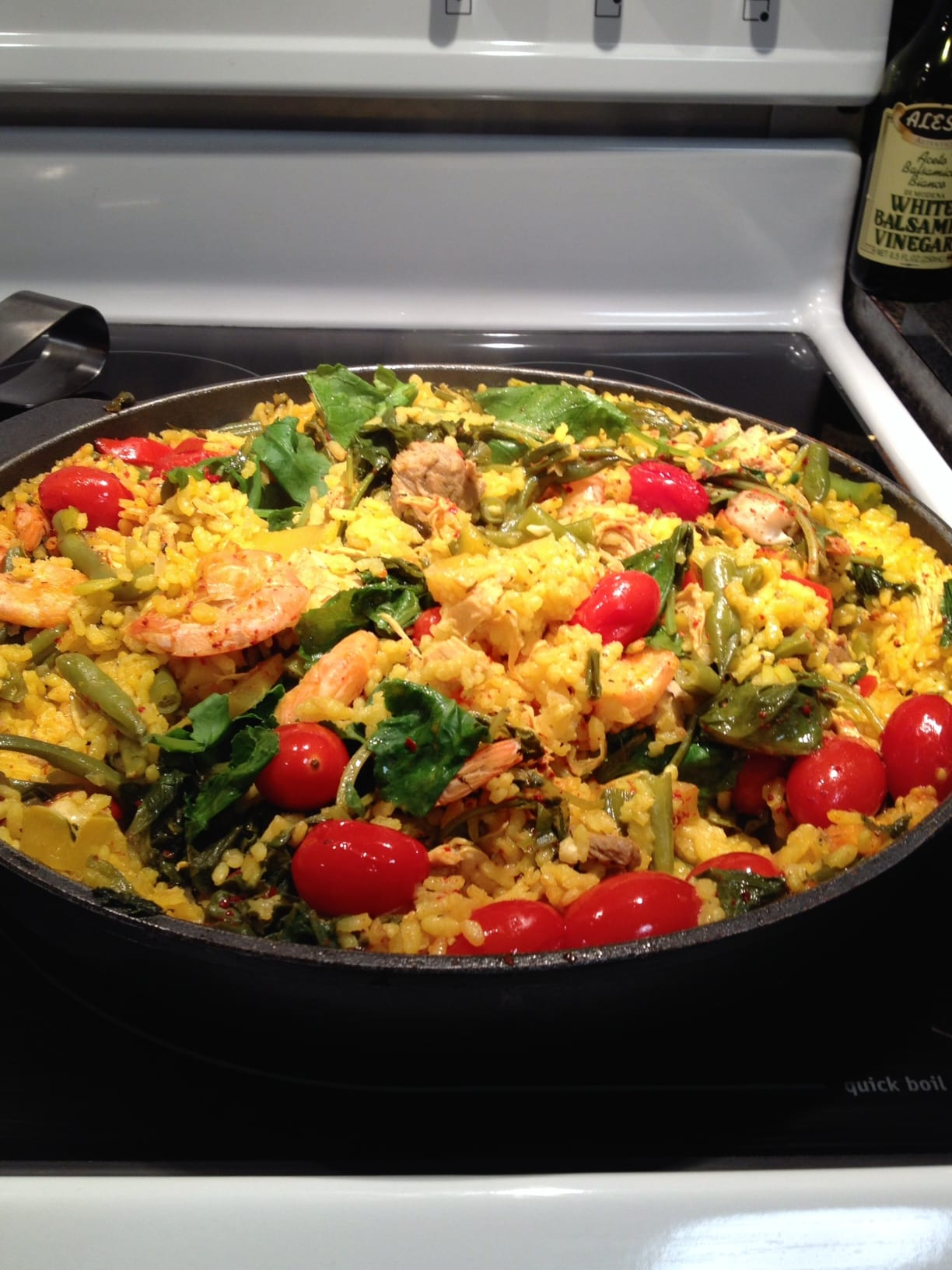Satisfying and Healthy Spanish Paella!!