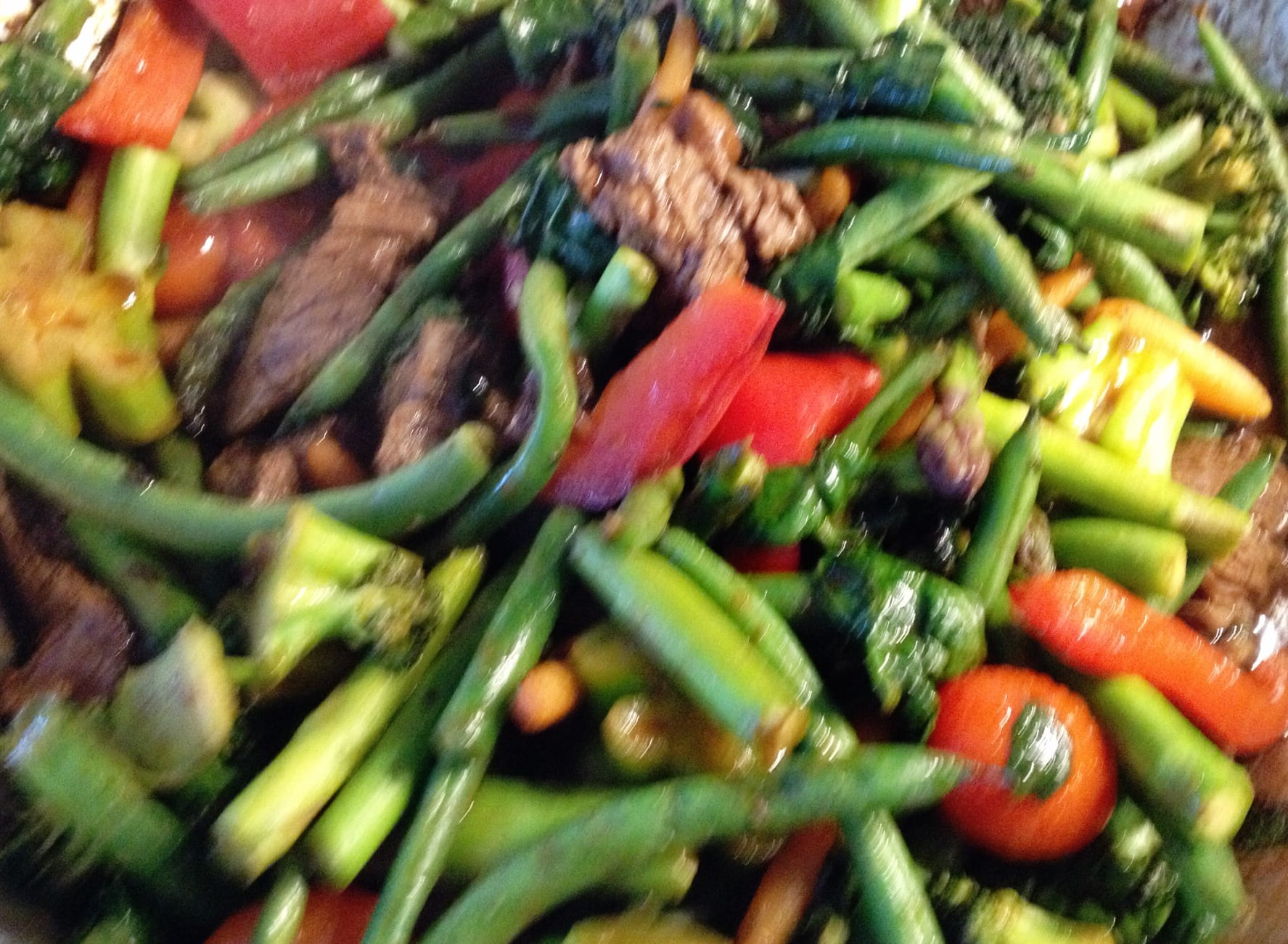 Ginger Beef Stir Fry with Broccoli, Asparagus and Green Beans